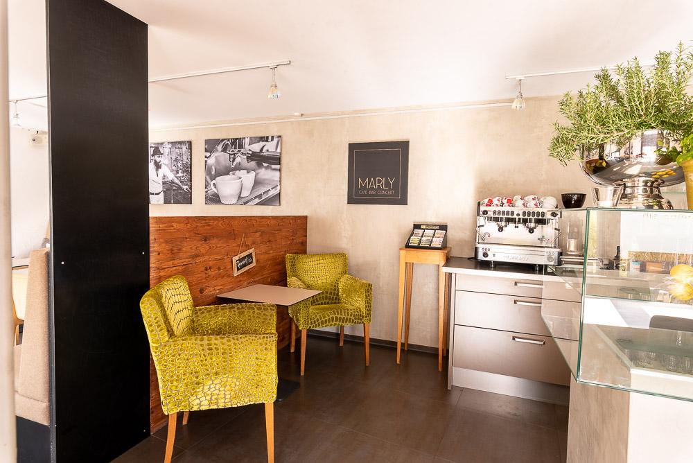 Cafe-Marly-Flein-Innenraum-Thekenbereich