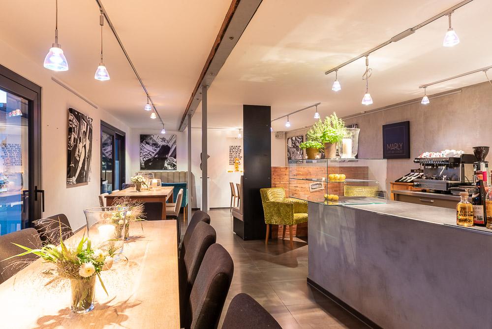 Cafe-Marly-Flein-Innenraum
