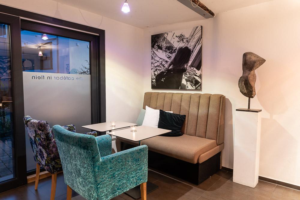 Cafe-Marly-Flein-Innenraum-Loungbereich